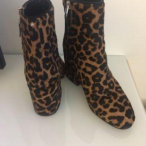 47821818aa0f9f Sam Edelman Shoes - Sam Edelman Leopard Taye Bootie size 7